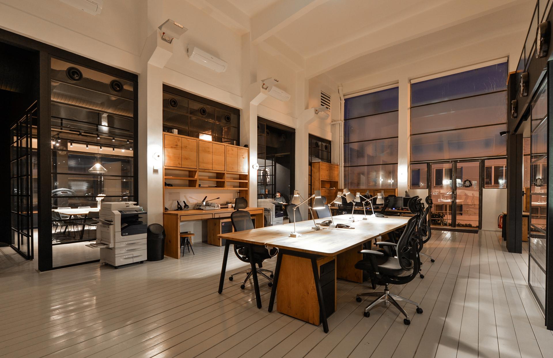Slabý Architects, Stillking Films office space