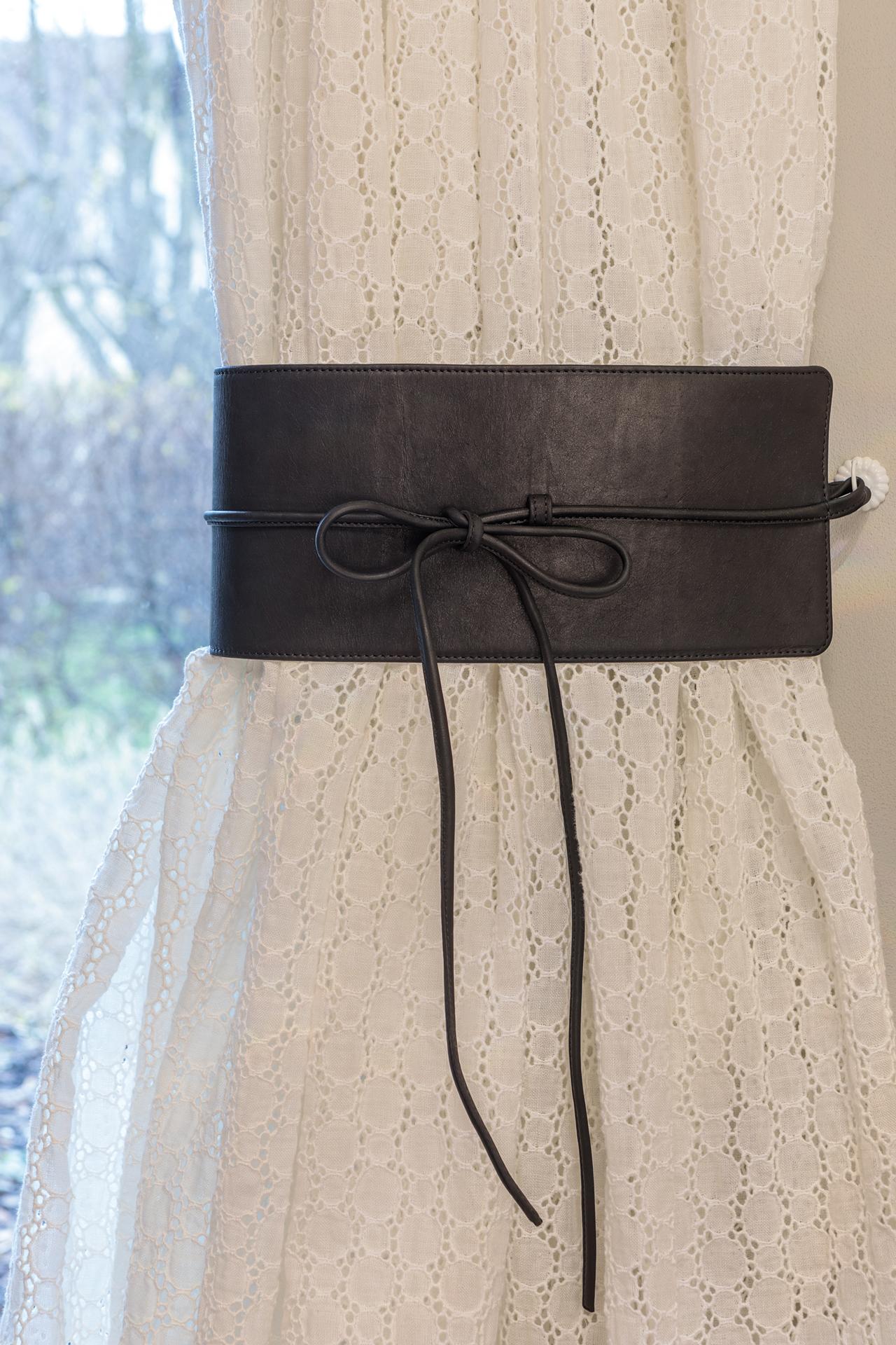 Leather tieback