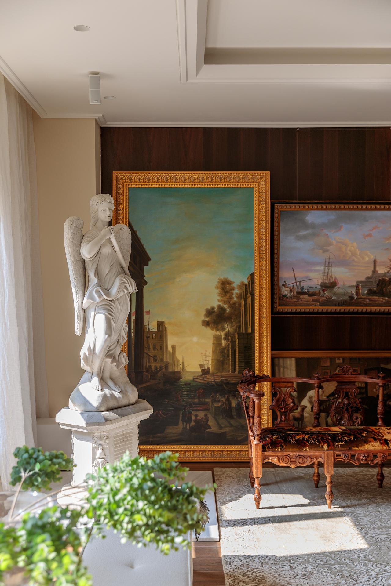 Alluring Apartment | Prague, CZ